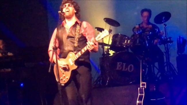 TRIBUTE: The ELO Experience in full flow