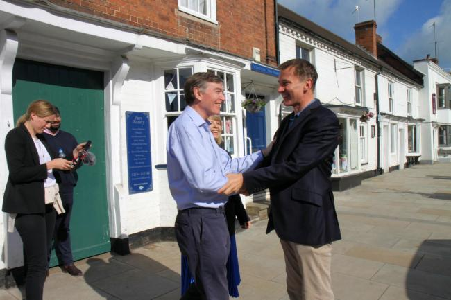 Philip Dunne greet Jeremy Hunt