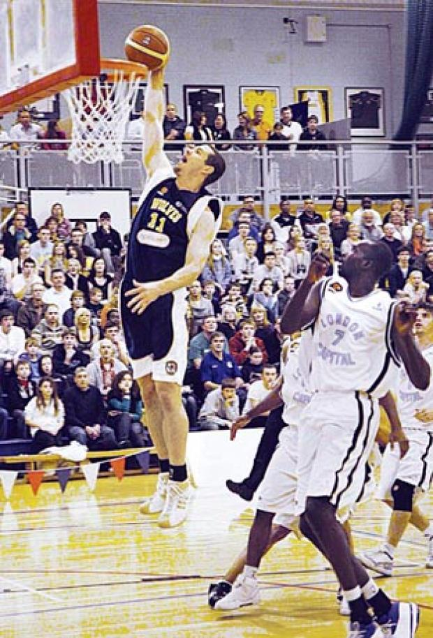 DUNK: Skouson Harker from the Worcester Wolves