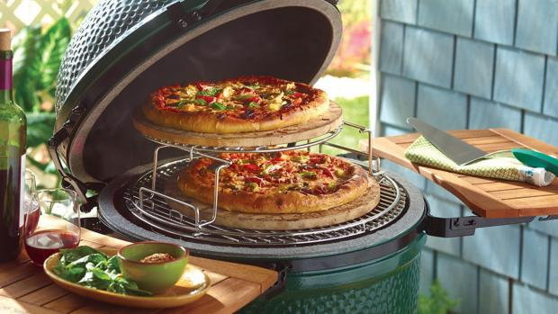 Worcester News: You can use a kamado to cook steaks and burgers or use it as an outdoor oven or smoker. Credit: Big Green Egg