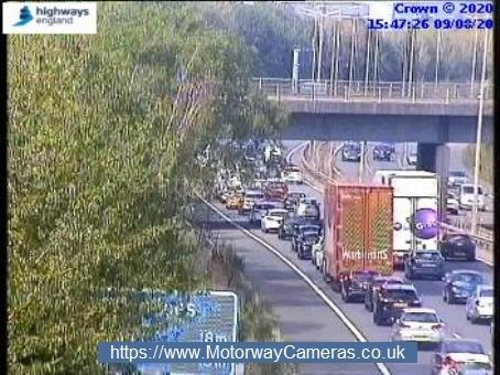 CRASH: Several cars have crashed on the M5