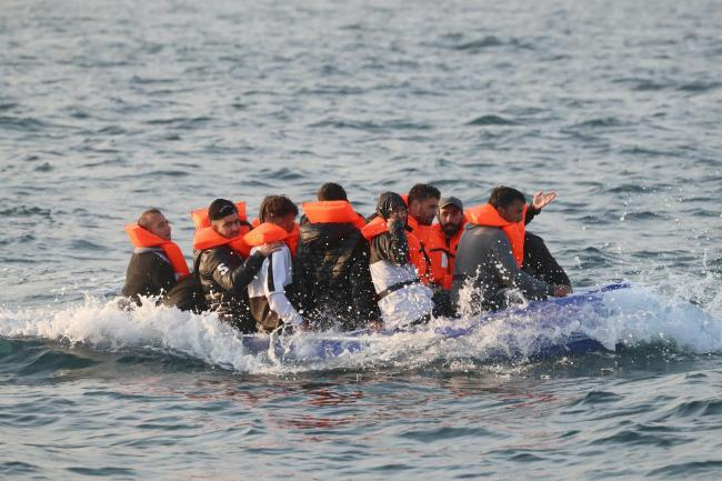 More than 5,000 migrants reach UK by small boat in 2020 | Worcester News