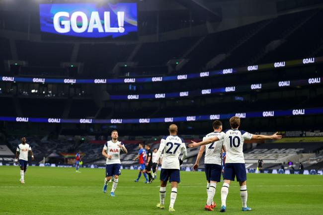 Tottenham made it three wins in a row with a 4-1 victory over Crystal Palace