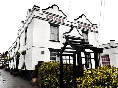 Worcester News: CONTEMPORARY: The Crown and Sandys is part of the Scoff & Quaff group.
