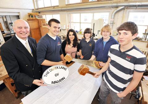 BOATBUILDERS: Teacher Chris Bell with pupils Will Brown, Kate Rushby-Jones, Becky Parker, Robbie Stevenson and Jordan Laverick. Picture by John Anyon. BUY THIS PHOTO: worcesternews.co.uk/pictures/sales. 27079801
