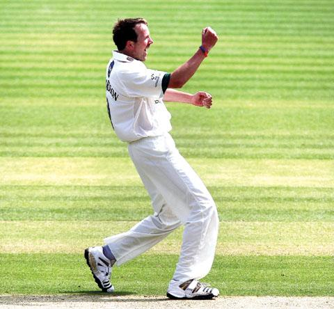 FIT AS A FIDDLE: Worcestershire's veteran seamer Alan Richardson.