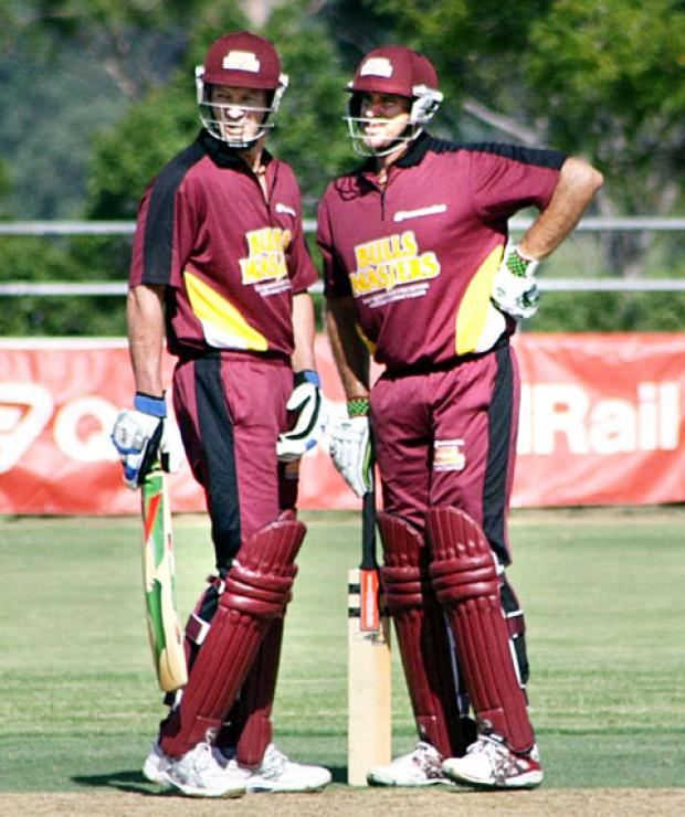 Graeme Hick at the crease with former Australain batting legend Matthew Hayden in a charity match for the Queensland Bulls Masters, a team of of retired Queensland greats.