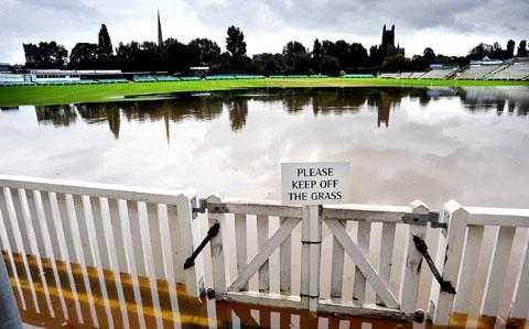 NO PLAY: Worcestershire's New Road ground is under water again (39139302)