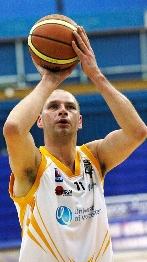ARTURAS MASIULIS: Made the BBL team of the week following his display against Newcastle Eagles. Picture: KEITH HUNT.