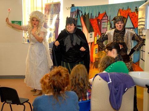 ENTERTAINING: Members from the cast of Dick Whittington (5012204103)