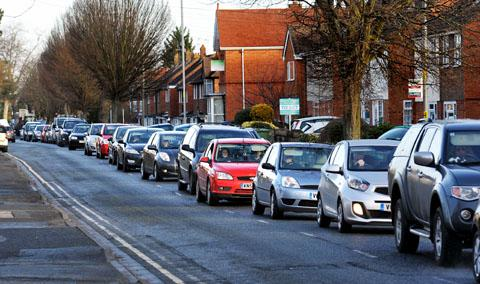 Gas works causing traffic chaos