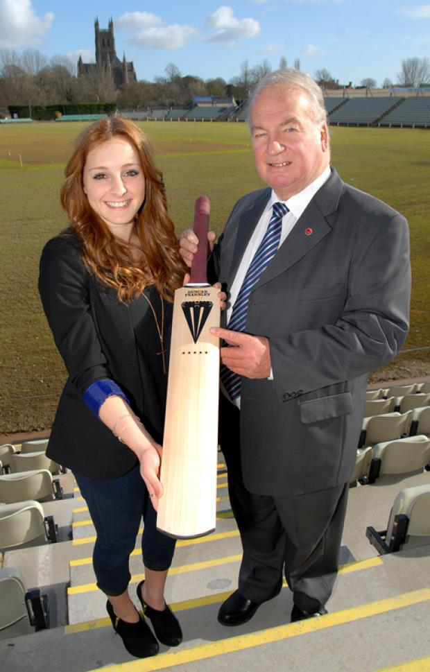 BATTING BOOST: Worcestershire and Warwickshire young women's cricketer Becky Burgess receives a Fearnley bat from Worcestershire CCC president Duncan Fearnley at New Road.