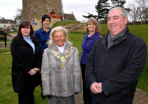 LAUNCH: Chairman of Upton Tourism and Trade Association Annette Keyworth, events manager Jennifer Smith, Mayor of Upton Andrea Morgan, Harriett Baldwin MP, and Upton Festival PR Steve High. Picture: Paul Jackson. 0913258401