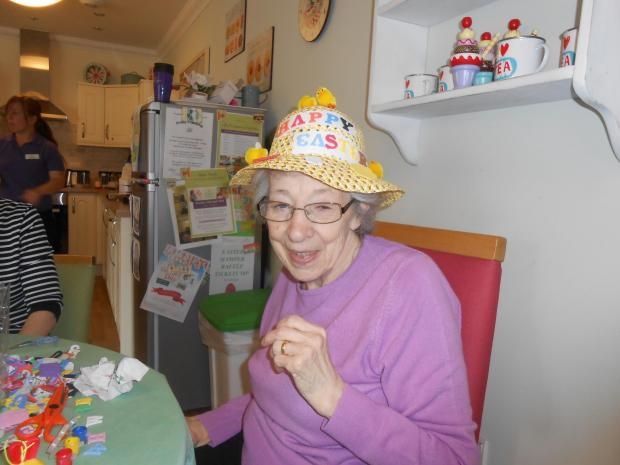 Resident Pat Snow with an Easter bonnet