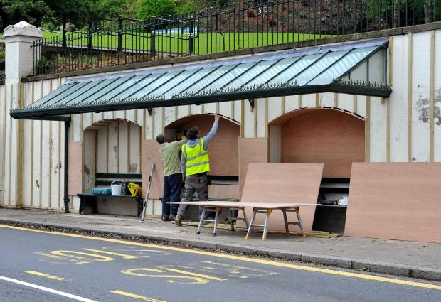 John Anyon       28/5/14       2214609301  Refurbishment of bus shelter on the Wells Road in Malvern town center (6613442)