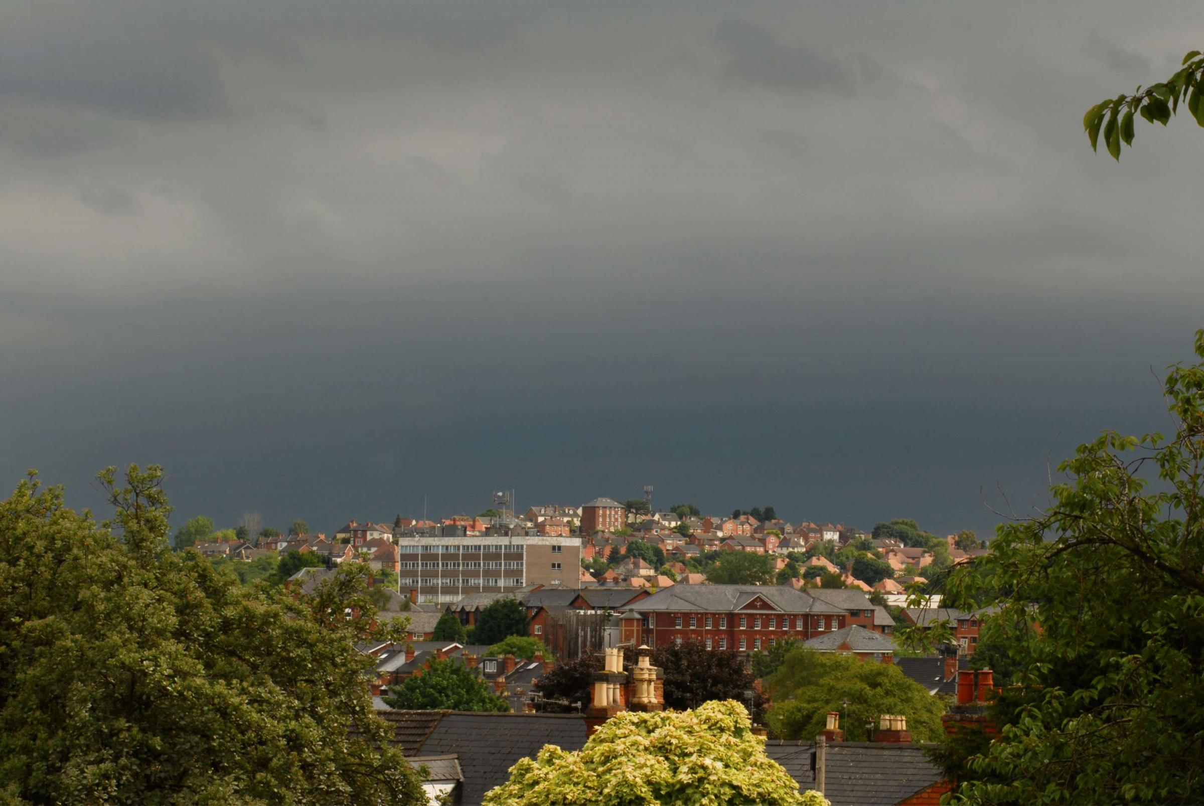 Dramatic pictures as thunderstorms sweep over Worcestershire and Herefordshire