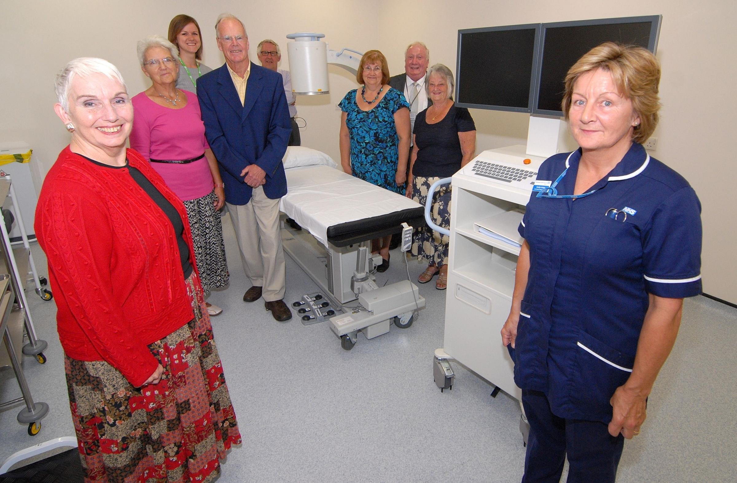 Scanner funded by Ease the Pain appeal arrives at Malvern hospital