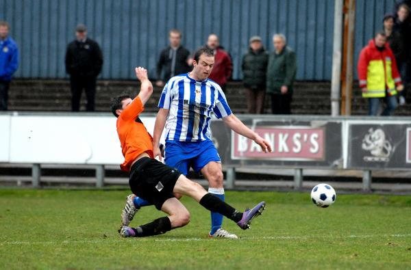 DETERMINED: Striker Mike Symons returns to former club Oxford City for Worcester City tonight.
