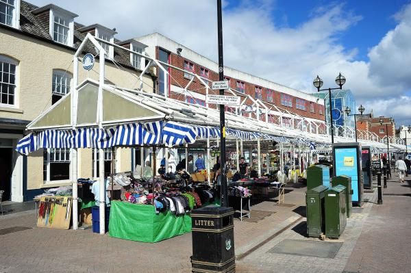 Market traders fear for future as council says there's nowhere for them to go