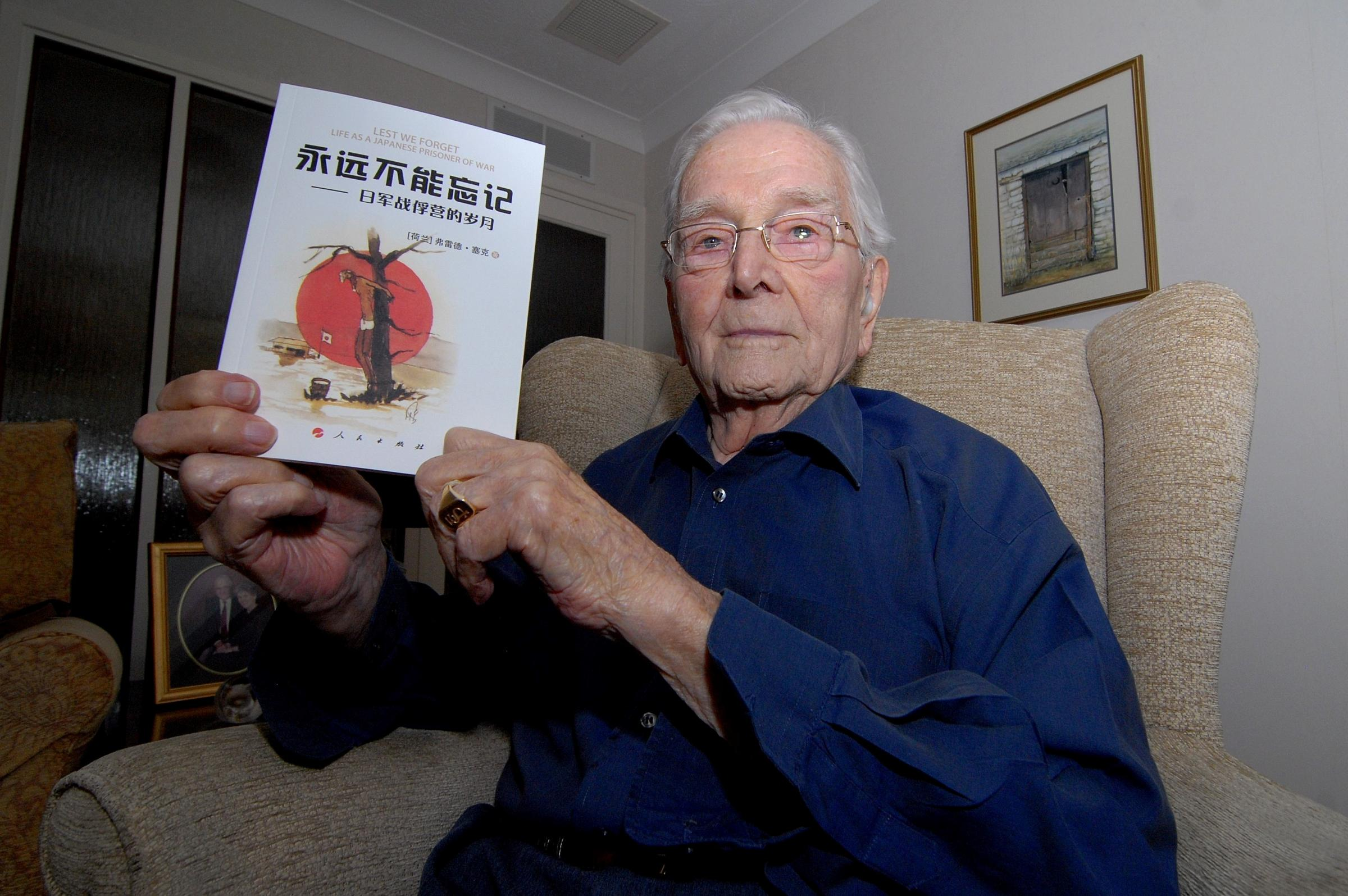 Worcester veteran publishes book in China about being a Japanese prisoner of war