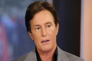 Celebrities support Bruce Jenner after he confirms he 'is a woman'