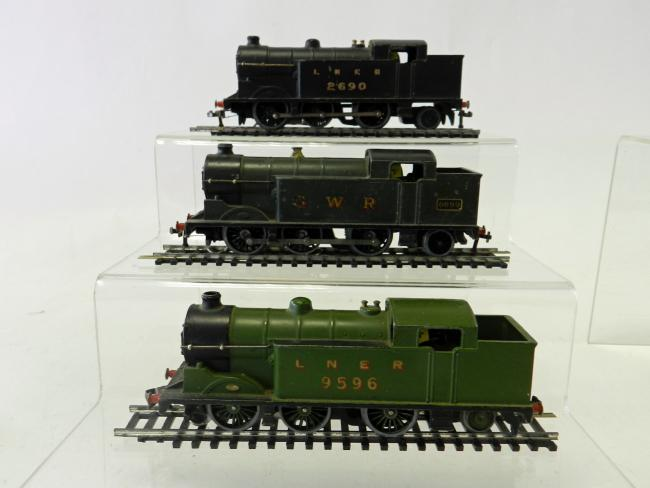 SOLD: Hornby Dublo N2 class three rail unboxed locos sold to a peak of £520.