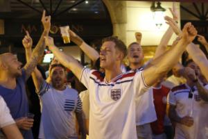 England fans optimistic in Nice ahead of vital Euro 2016 clash with Iceland