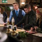 Worcester News: Emmerdale fans 'drowning in tears' as 'Robron' exchange vows