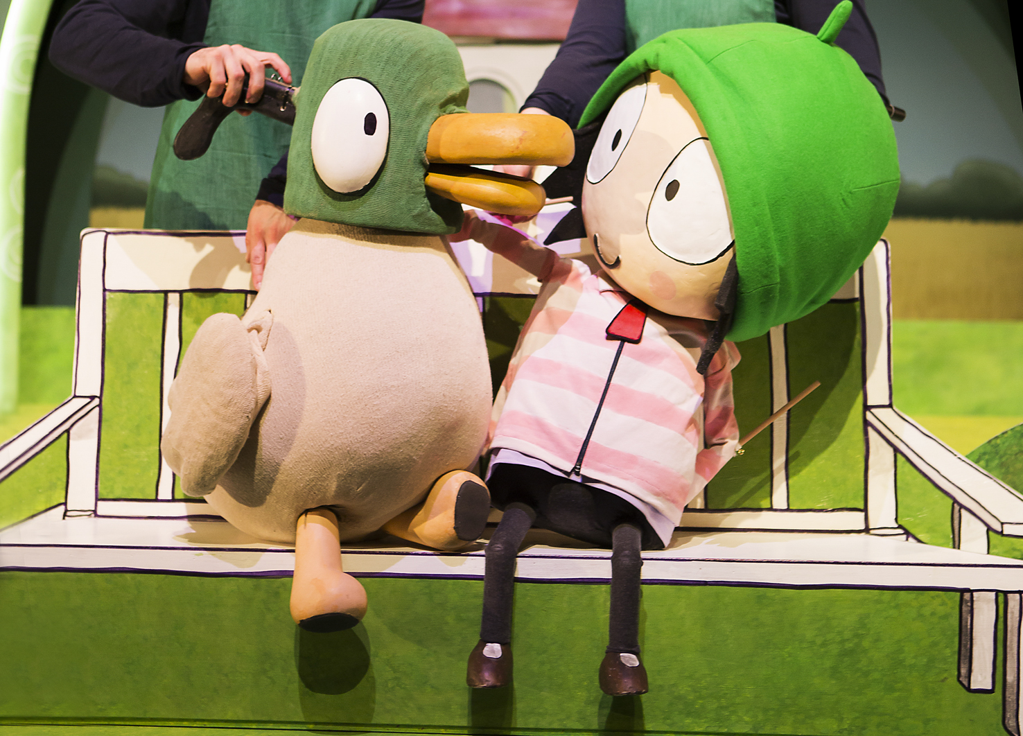 Sarah and Duck's Big Top Birthday - LIVE ON STAGE!