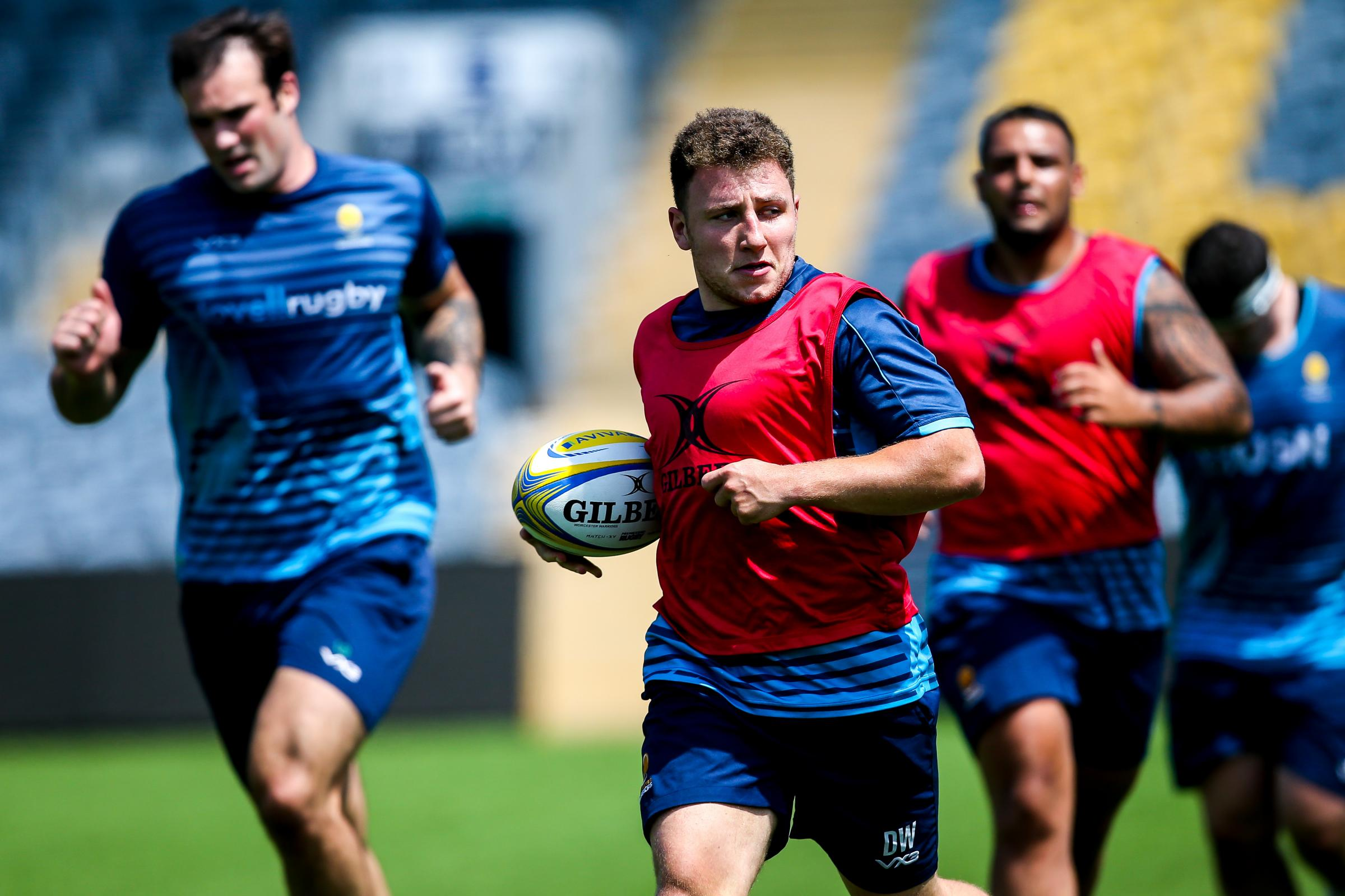 Duncan Weir in action as Worcester Warriors return for preseason training ahead of the 2018/19 Gallagher Premiership Rugby Season - Mandatory by-line: Robbie Stephenson/JMP