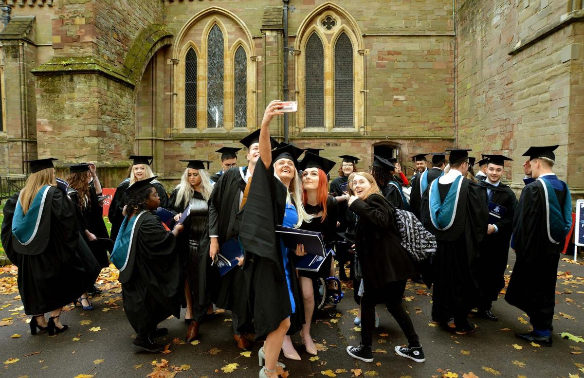 ee2514621 University of Worcester graduation Tuesday November 6