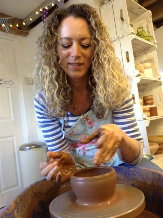Potter's wheel one day course - Sat 26 Oct