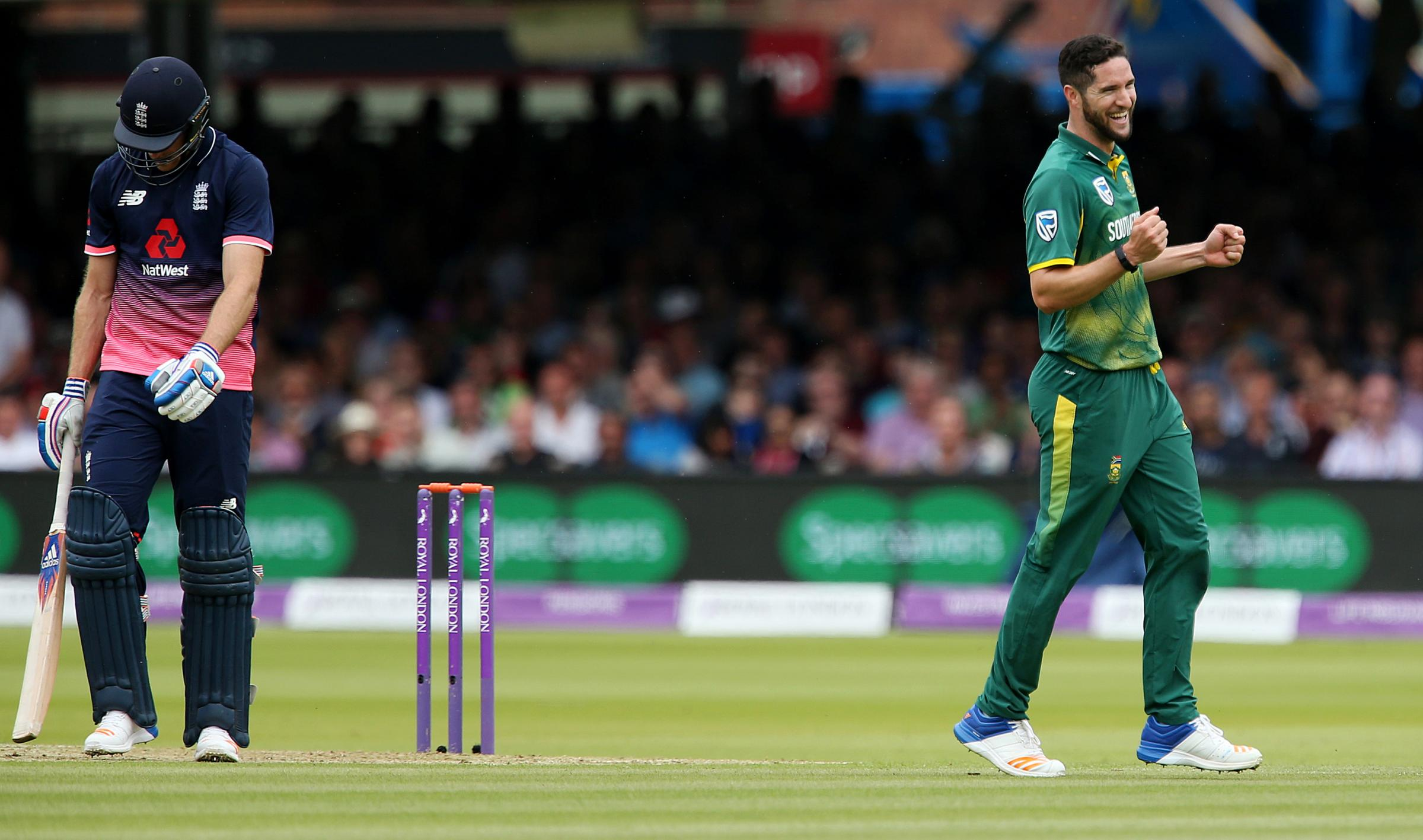 OVERSEAS ACTION: Worcestershire's South Africa international Wayne Parnell (right). PIC: PA
