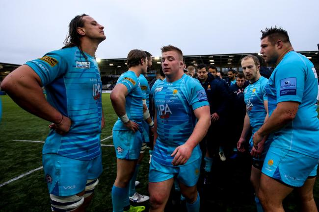 Worcester Warriors look dejected after their defeat to Newcastle Falcons. Picture: Robbie Stephenson/JMP